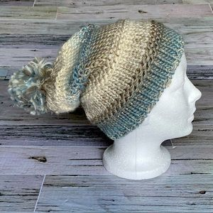Slouchy knit toque